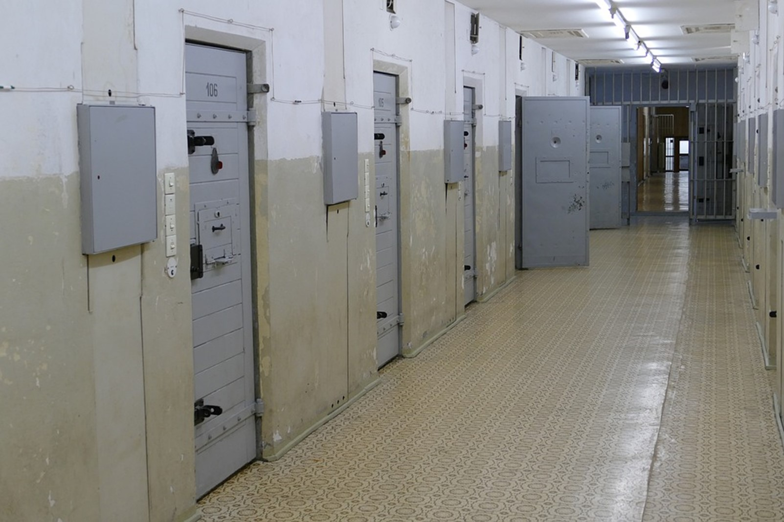 Jail used to detain offenders.